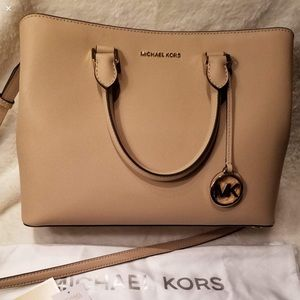 MK Savannah saffiano large leather satchel; oyster